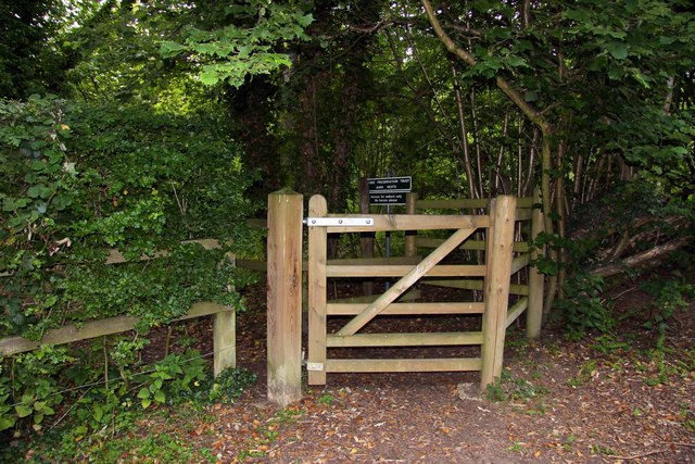 The gate to Jarn Heath