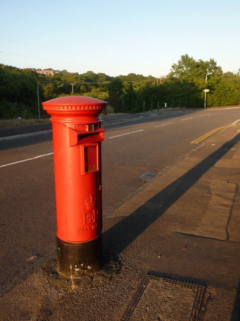 Branksome: postbox № BH12 255, Bloxworth Road
