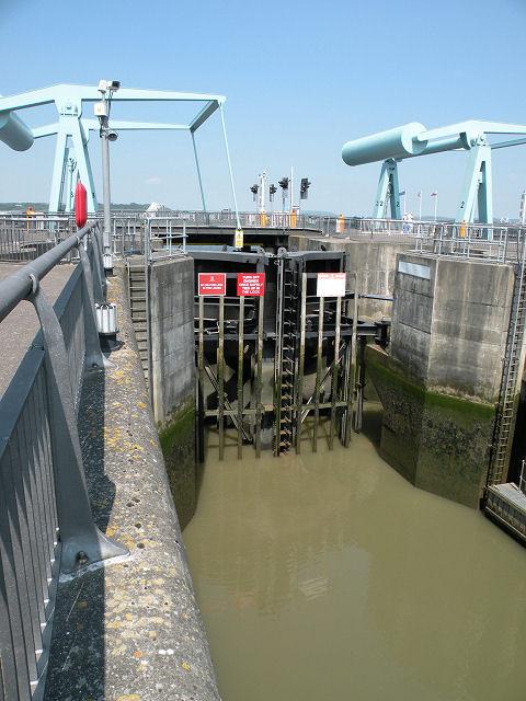 Lock gates & bascule bridges, Cardiff Bay barrage