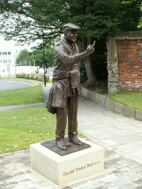 "Harold ""Dickie"" Bird MBE Statue"