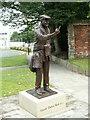 """SE3406 : Harold """"Dickie"""" Bird MBE Statue by John Fielding"""