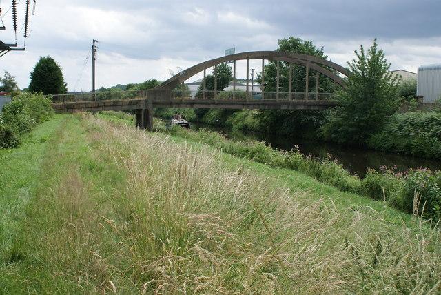 Footbridge over the Calder