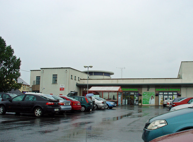 Small shopping centre: Ratoath, Co. Meath