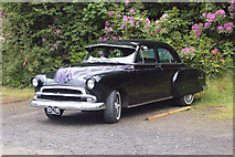 NU0702 : Classic car at Cragside by Andy F