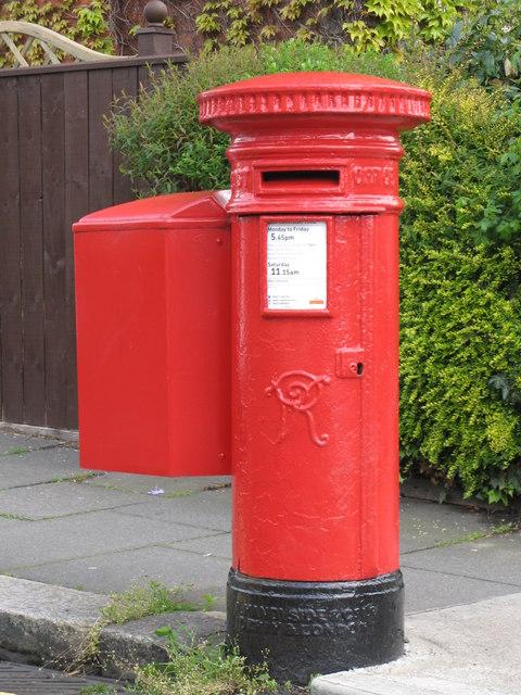 Victorian postbox, Queen's Terrace / Devonshire Place