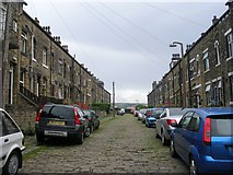 SE0824 : Moorlands Place - Free School Lane by Betty Longbottom