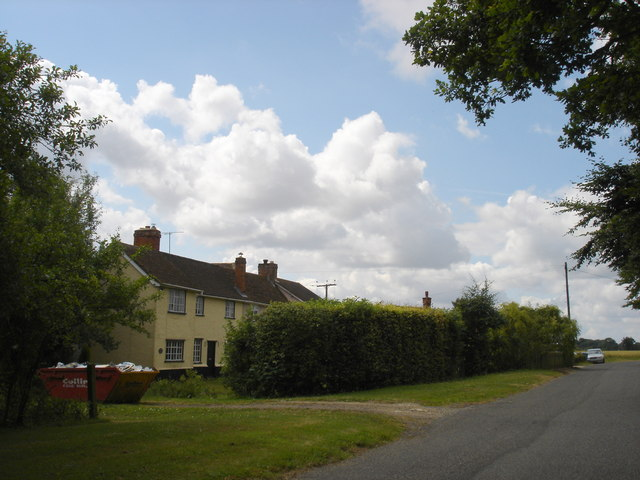 Cottages on Wenham Road