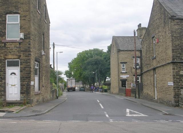 Mayfield Avenue - Huddersfield Road