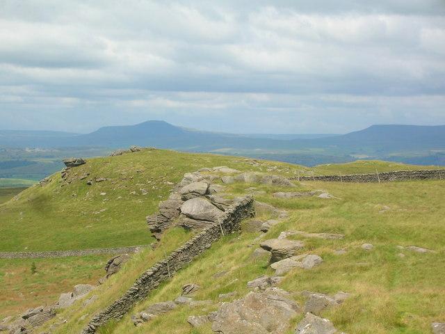 Rocks on Whelp Stone Crag