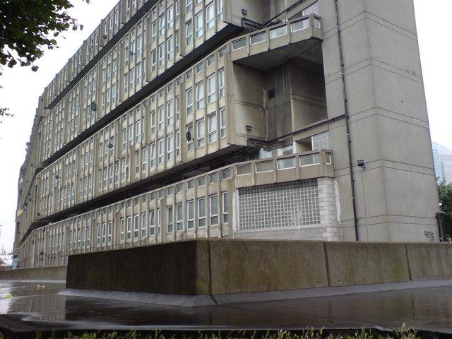 Flats on Robin Hood Lane, E14