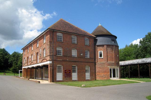 Oast House off Ashes Lane, Hadlow, Kent