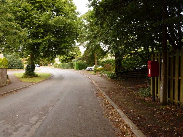 Corfe Mullen: postbox № BH18 118, Corfe Lodge Road