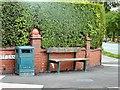 SJ9593 : Corner of Knott Lane by Gerald England