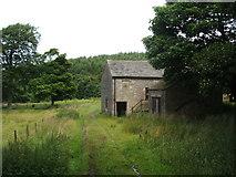 SJ9775 : Disused barn at Lamaload Reservoir by Peter Barr