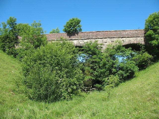 Bridge over dismantled railway, Waitby Greenriggs