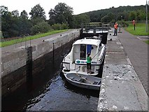 H0911 : Locking through Ballyduff Lock by Oliver Dixon