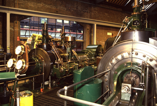 Modern steam engine