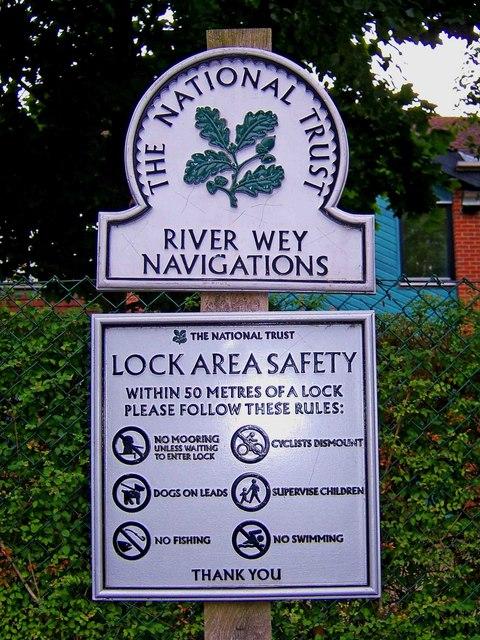 Lock area safety notice at Unstead Lock, Goldaming Navigation