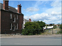 SO5140 : Route of the Hereford & Gloucester Canal behind houses on Newton Road by Rob Purvis