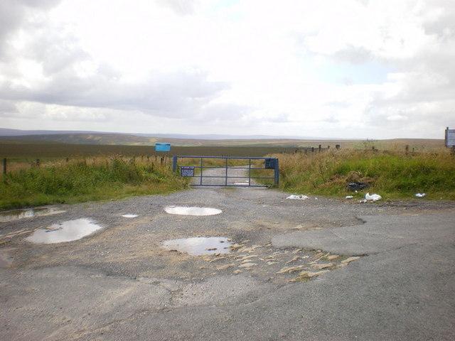 Entrance to Warley Moor Reservoir and Halifax Sailing Club