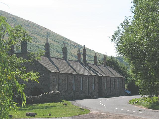 Farm cottages, Akeld