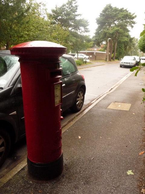Branksome: postbox № BH12 237, Princess Road