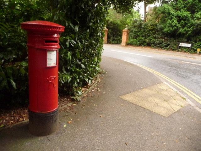 Branksome: postbox № BH13 50, Wilderton Road