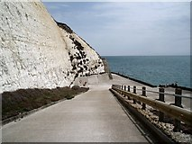 TQ4100 : Slope to undercliff walk by Paul Gillett