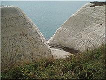 TQ4100 : Path cut through cliffs by Paul Gillett