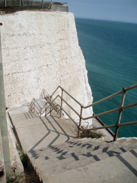 Steps leading to Undercliff Walk