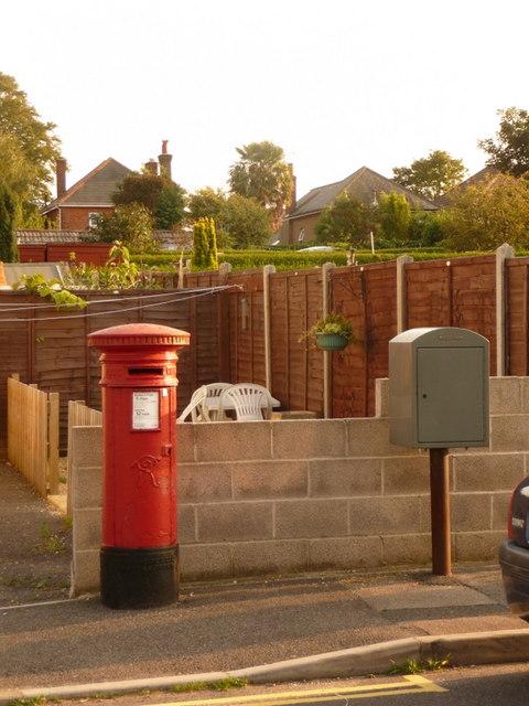 Parkstone: postbox № BH12 150, Croft Road