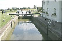 SP9122 : Grove Lock, Grand Union Canal by David Kemp