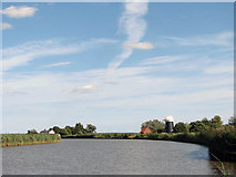 TG4001 : View downstream along the River Yare by Evelyn Simak