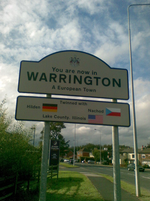 Welcome to Warrington sign
