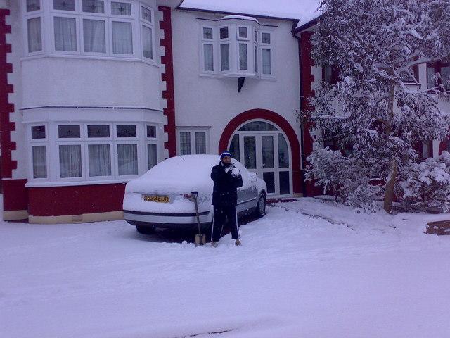 Snow on Middleton Gardens #1