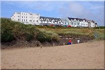 SS2006 : Summerleaze Crescent from the beach by Steve Daniels