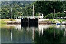 NH6140 : Dochgarroch Lock by Des Colhoun