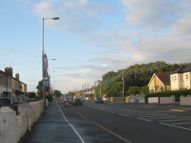 View north along Dundrum Road, Newcastle