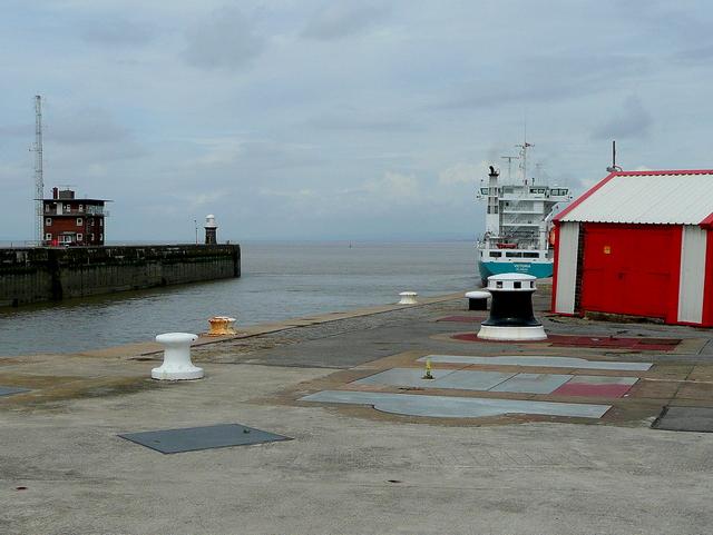 Entrance to Avonmouth Docks