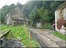 SE0722 : Farm, Pickwood Scar, Norland by Humphrey Bolton