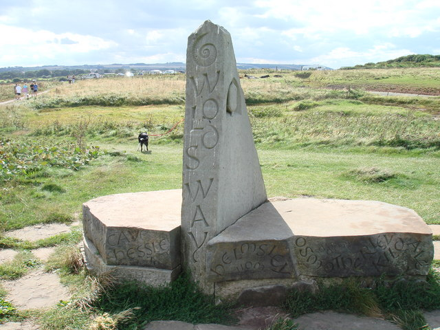 Stone marker and seating area, Wolds Way