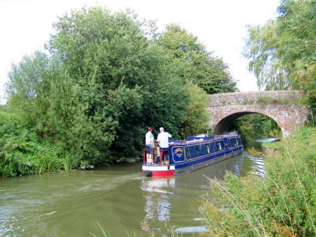 Kennet and Avon Canal, Wootton Rivers