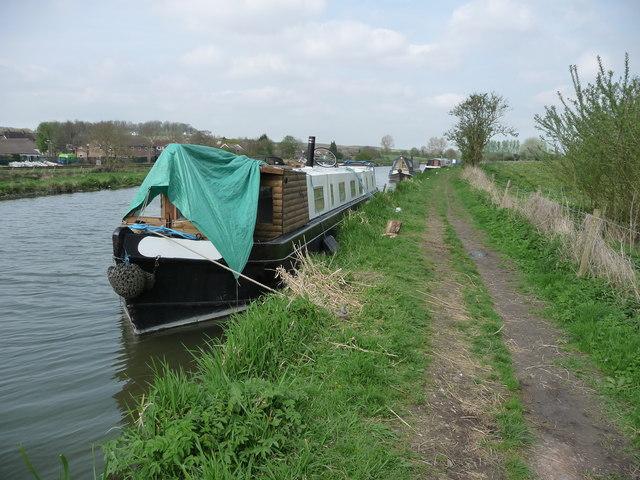 Great Bedwyn - Narrowboat