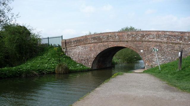 Great Bedwyn - Canal Bridge