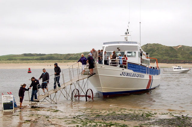 'Jubilee Queen' at Lower Beach, Padstow (2)