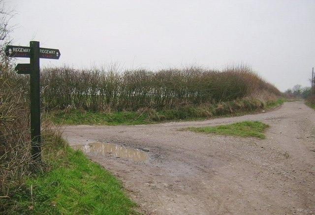 The Ridgeway (Bowen Farm Junction)