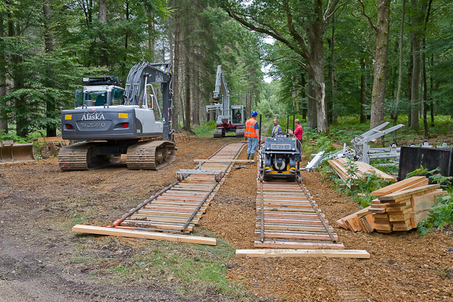 Warwickslade Cutting: laying the railway (start of sequence)