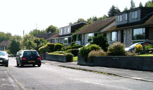 The upper section of the Sunningdale Drive crescent