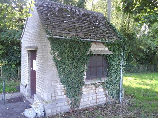 Thames Water Service Hut, Islip