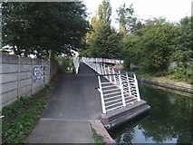 SJ9400 : Ramp onto Trapmakers Bridge - Wyrley & Essington Canal by John M